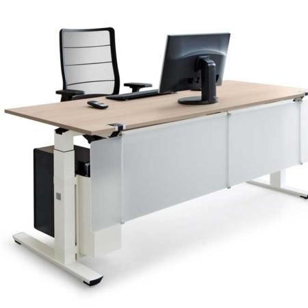 BAG Bürosysteme Schreibtische Crew